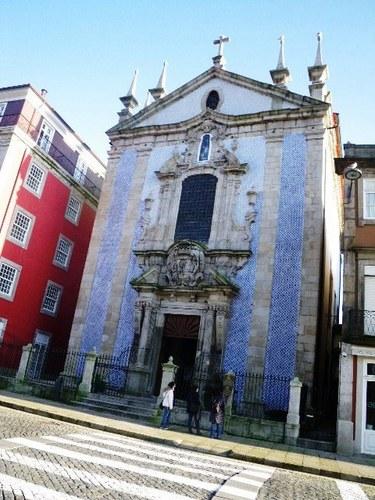 ポルトサンフランシスコ教会の前.jpg